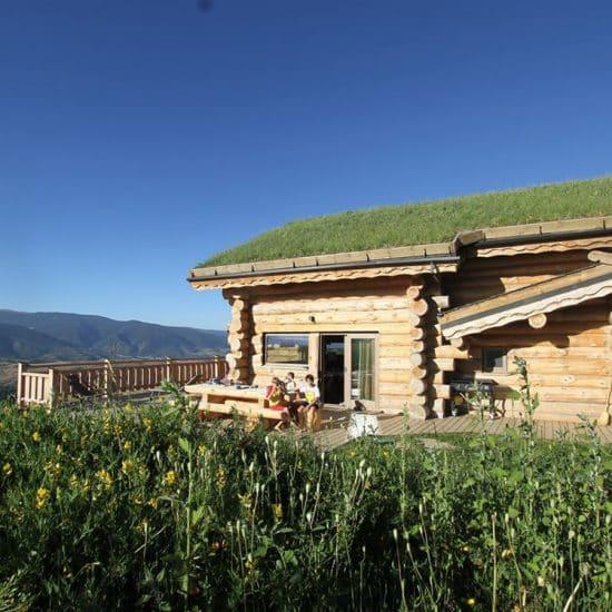 Location de chalets, tout confort, à la montagne proche des stations de ski de Font Romeu, pyrénées 2000 dans les Pyrénées Orientales