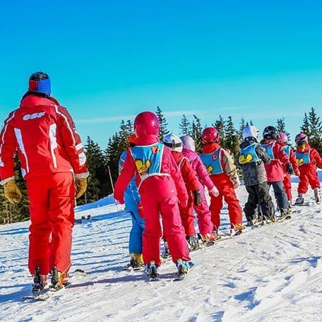 organisation de séjours ski dans le sud de la France par l'Agence PMD, spécialiste de l'organisation d' évènementiels sportifs, séminaires d' entreprise, stages sportifs, séjours en montagne à Font Romeu dans les PO