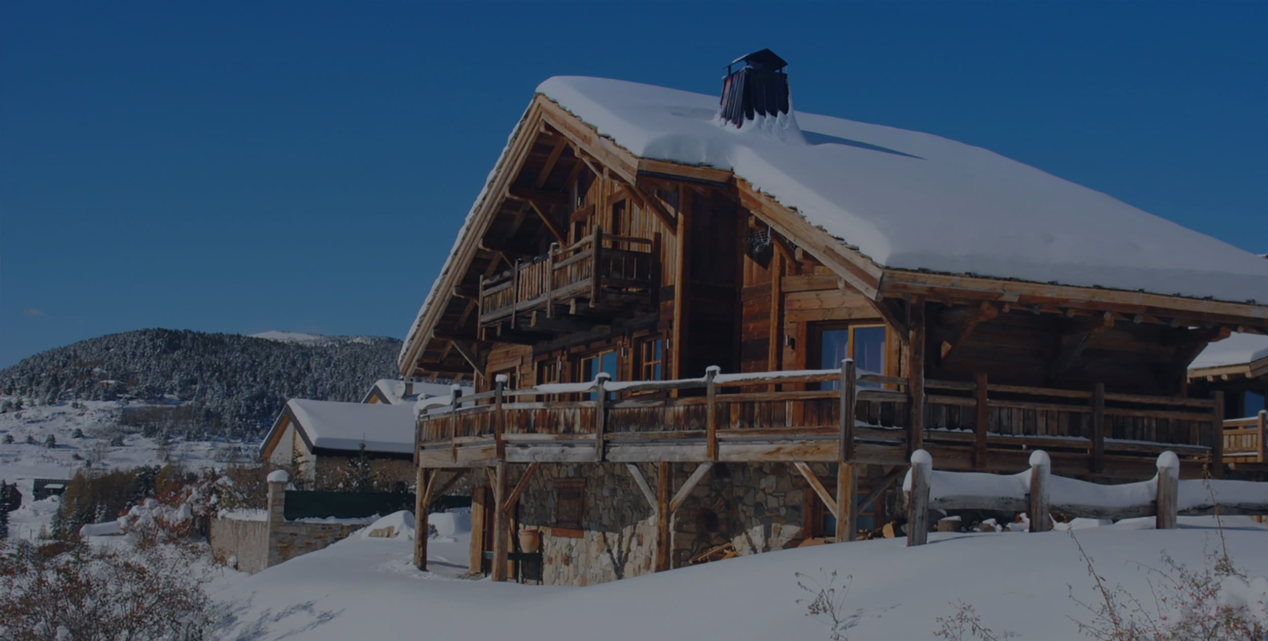 Séjours dans le Sud de la France. Location de chalets, tout confort, à la montagne proche des stations de ski de Font Romeu, pyrénées 2000 dans les Pyrénées Orientales